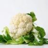 Где и как сохранить капусту цветную на зиму свежей подольше в домашних условиях: в морозильной камере, холодильнике или в погребе?