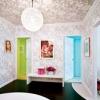 Как клеить потолочные обои и обои для потолка под покраску?